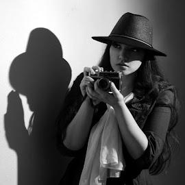 Gotcha by Miranda Cantu - Black & White Portraits & People ( models, vintage, noir, black and white, story )