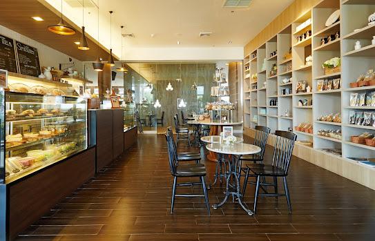 CHOU CHOU CAFE @グランドメルキュールパトン
