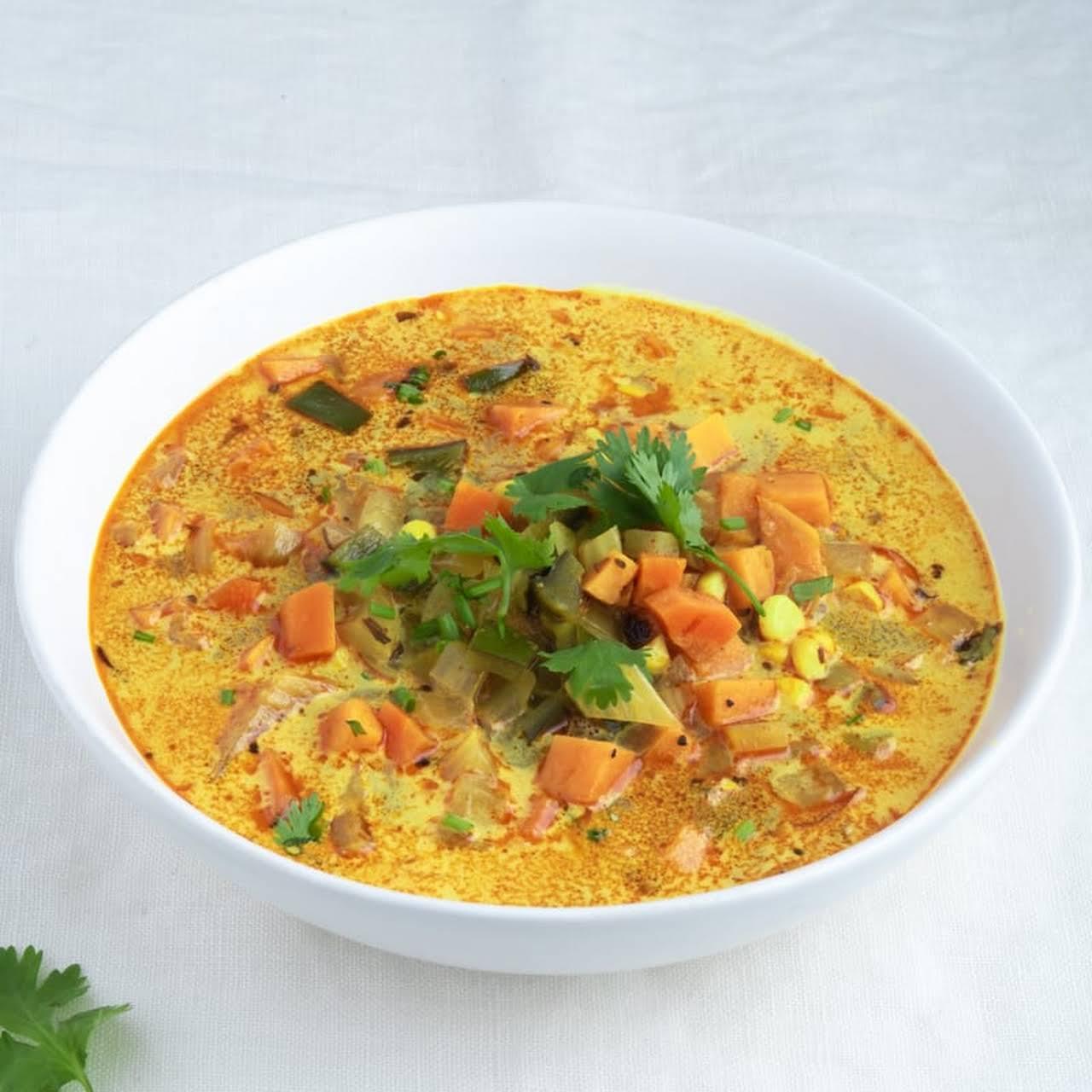 Immunity-Boosting Turmeric Vegetable Soup