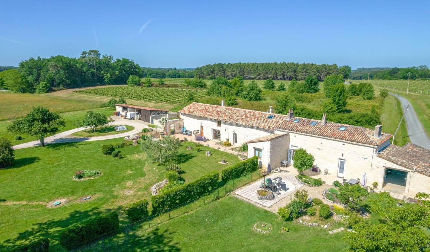 Property with pool Duras