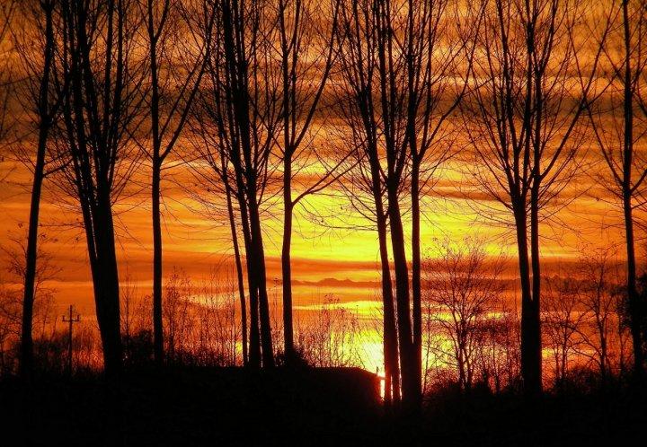 Il Cielo dipinto dal Sole.. di Astrid Tomada