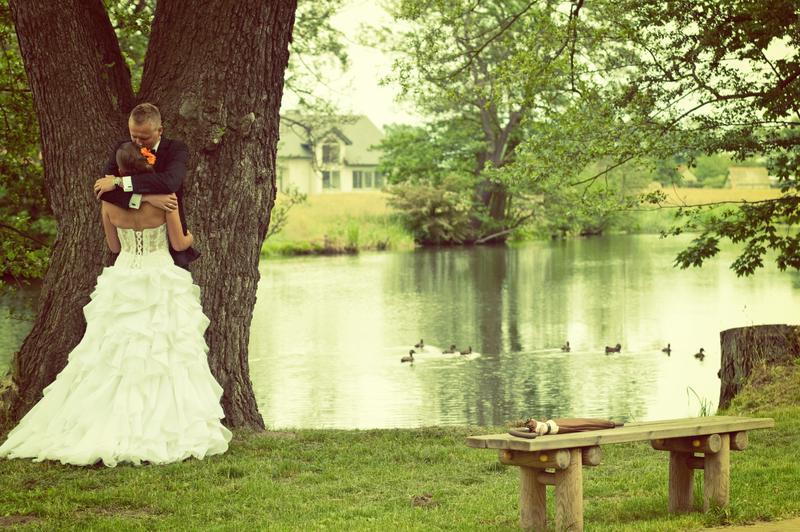 Wedding photographer, outdoor wedding, guest post