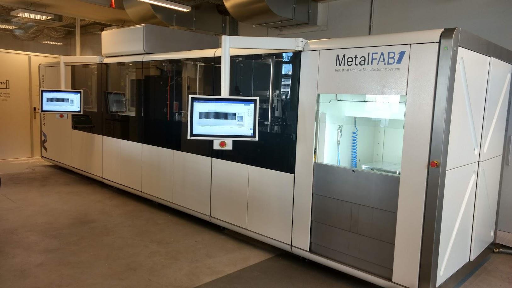 Компания Additive Industries и их изобретение MetalFAB1