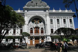 Photo: Das alte Regierungsgebäude