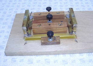 Photo: Les soudures sont faites. Un fer à souder de 150 à 200 watts est nécessaire.
