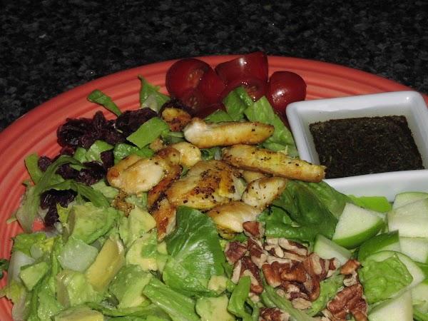 Green Leaf Salad With Tumeric Chicken Recipe