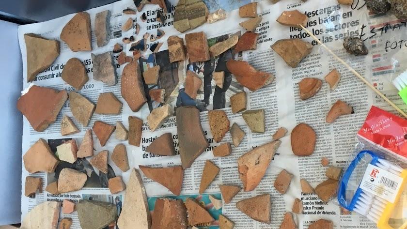 Imagen inédita con algunos de los restos aparecidos en Villaricos en 2018 y 2019.
