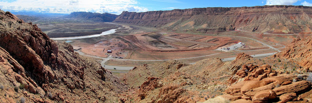 Atlas uranium mill tailings pile