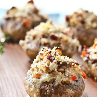 Coq Au Vin Stuffed Mushrooms