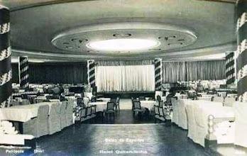 Photo: Salão dos Esportes no Hotel Quitandinha. Foto da década de 40