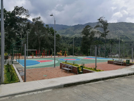 Listo parque bio saludable de la urbanización Villa Julia