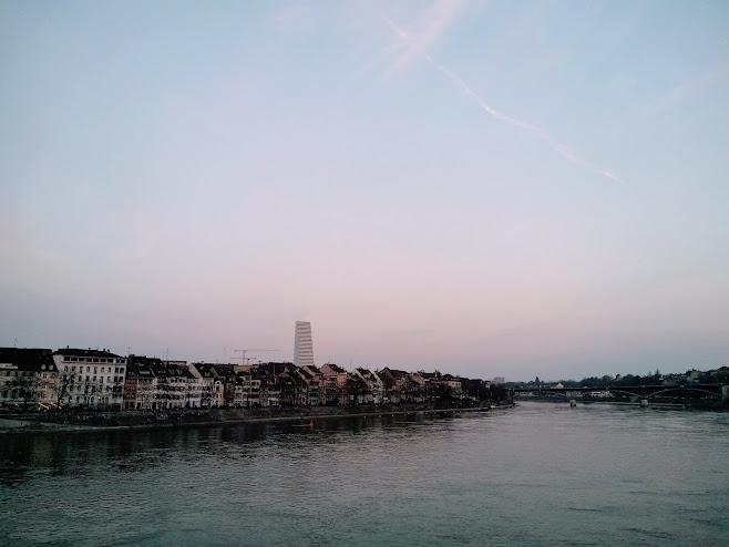 ライン川の夕暮れ