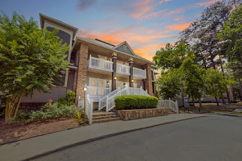 Go to LaVista Crossing Apartments website