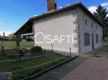 maison à Saint-Christophe (16)