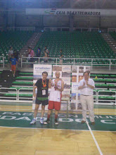 Photo: Fco.Javier Olmos muestra su Trofeo