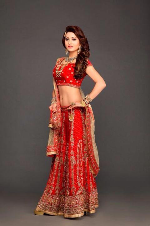 Urvashi Rautela Hot n Sexy Photos