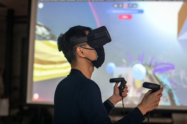 Harnessing VR for the Arts