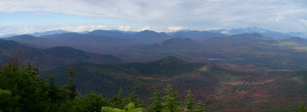 Photo: The panorama from here includes Franconia Ridge, Mount Garfield, Mount Carragain, and Mount Washington.