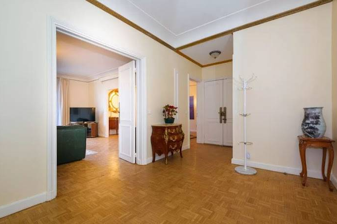 Stunning living area in Rue de Monceau Serviced Apartment, Champs Elysees