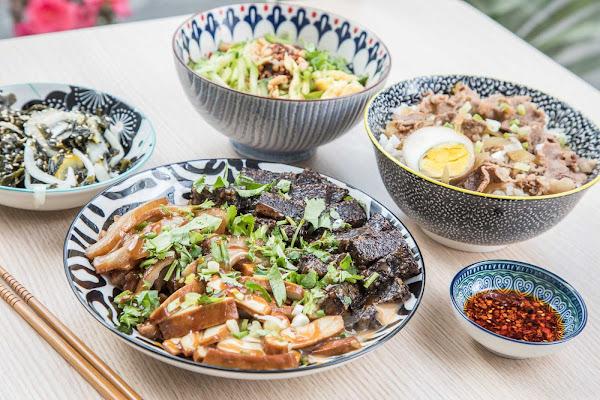 新莊美食推薦!遍嚐亞洲麵食只要銅板價,上班族的小確幸!俏花園米麵作坊