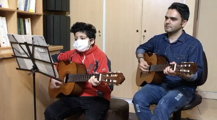 باورم نميشه شادمهر عقیلی ارشیا باباییان هنرجوی گیتار فرزین نیازخانی