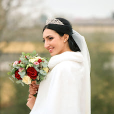 Wedding photographer Zhora Oganisyan (ZhoraOganisyan). Photo of 15.11.2016