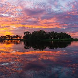 by Flynn Redin - Landscapes Sunsets & Sunrises ( sunset flynn red beautiful landscape )