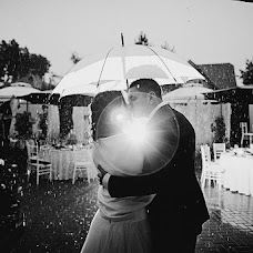 Wedding photographer Pavel Kuzmin (btnk). Photo of 21.08.2013