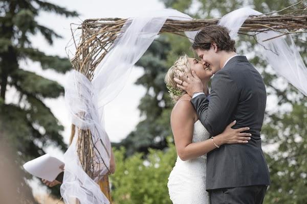 Wedding photographer Andrew Brown (photojunkiesab). Photo of 01.09.2017