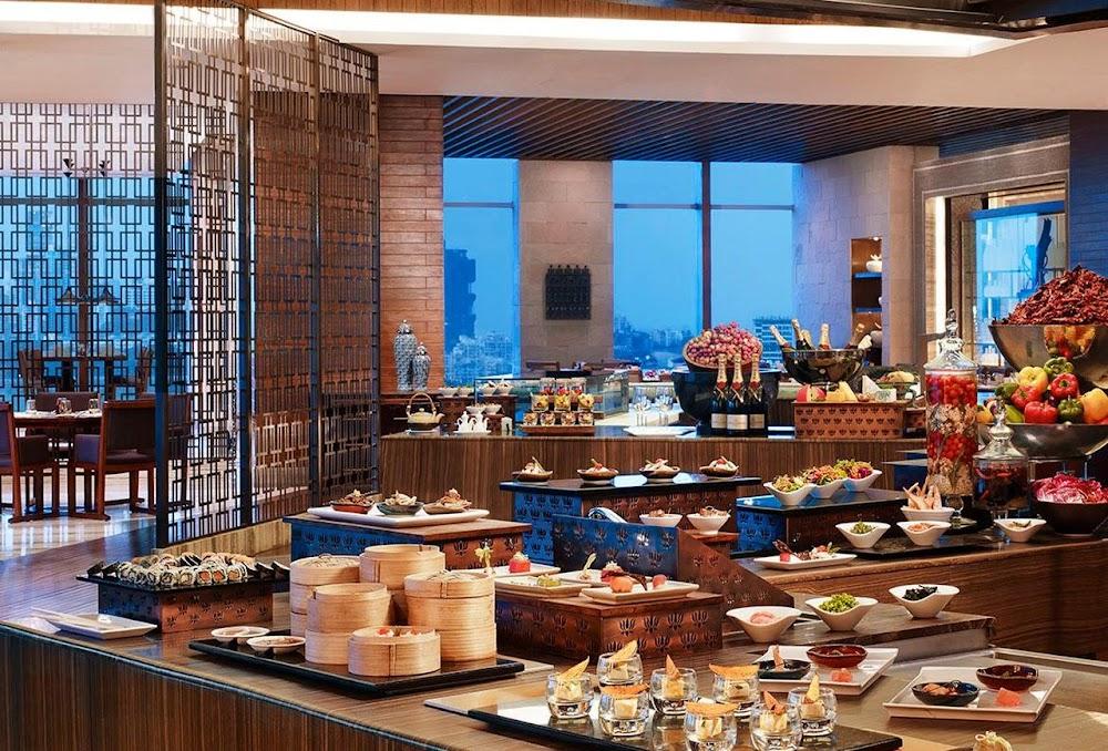 best-christmas-brunch-and-dinner-mumbai_seven_kitchens_st_regis
