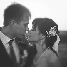 Wedding photographer Anastasiya Petropavlovskaya (panni). Photo of 04.01.2015