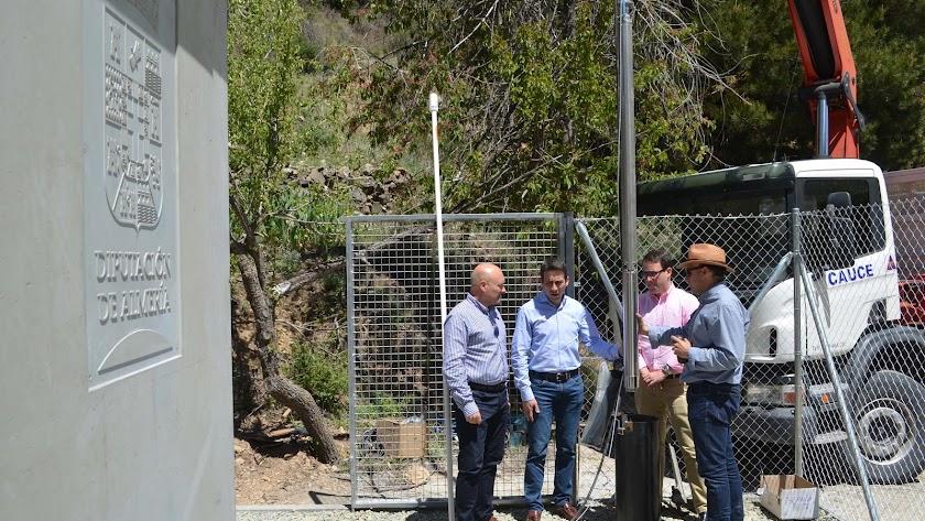 Un nuevo sondeo garantiza el suministro de agua a los vecinos