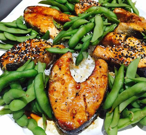 I Am Quite Excited To Share This Dish With You And I Cannot Really Recommend This Salmon Teriyaki With Edamame And Rice Dish Enough As It Is Really Fragrant And So Truly Yummy. In Fact It's So Yummy That You Might End Up Eating Too Much.