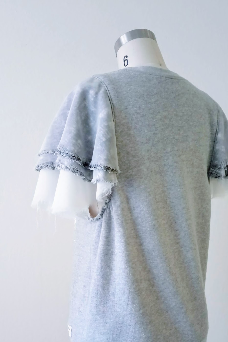 Result: DIY Layered Flounce Sleeves - DIY Fashion Garment | fafafoom.com