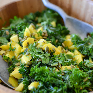 Kale Mango Salad – 6 Ingredient.