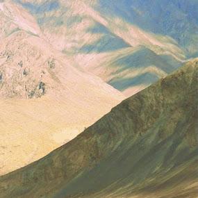 by Shambaditya Das - Novices Only Landscapes