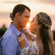 Wedding photographer Yuliya Nikolaenko (LamourLamer). Photo of 13.12.2015