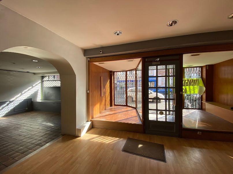 Vente locaux professionnels 6 pièces 330 m² à Abbeville (80100), 336 000 €