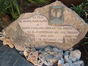 """Photo: Denkmal für Santa Catalina Thomas """"La Beata"""" in Santa Margalida ( siehe auch www.es-coscois.de )"""