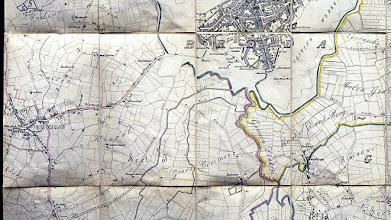 Photo: Op deze kaart van 1852 is nog te zien waar de Haagpoort zat (rechts van de letter B van Breda)  Zo rond 1860 ontstonden er overal fabrieken. Ook in onze omgeving. Omdat Breda nog een vestingstad was, moesten de nieuwe fabrikanten uitwijken naar de omgeving. Princenhaags grondgebied kwam snel in beeld. Daar begonnen o.a. Etna, Suikerfabriek, HKI, 't Jammeke, Saval en Carrosseriebedrijf De Ley.