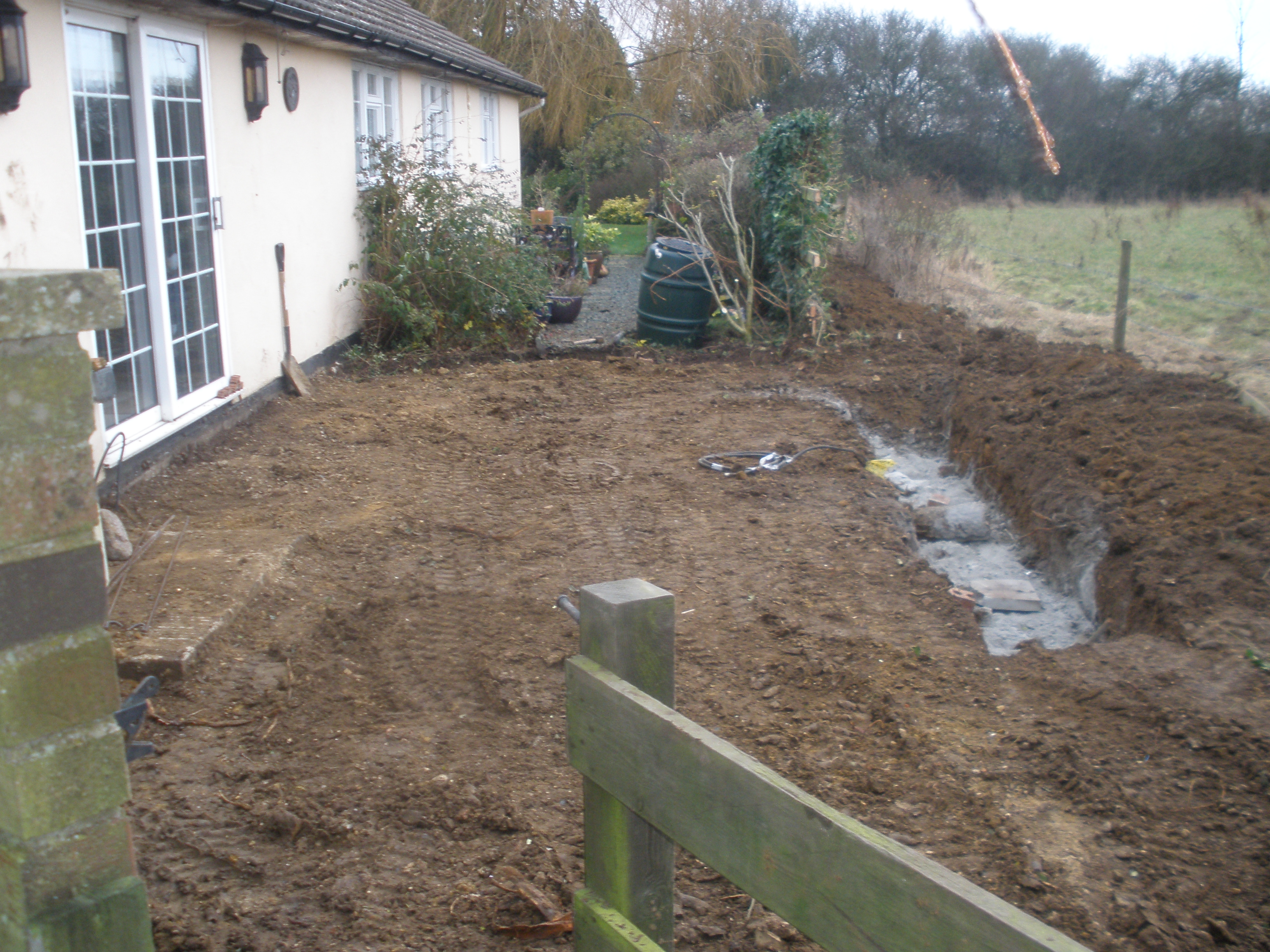 Photo: JMS Designs Limited - Garden Design and Construction - http://www.jms-designs.co.uk - Landscapers in Buckinghamshire