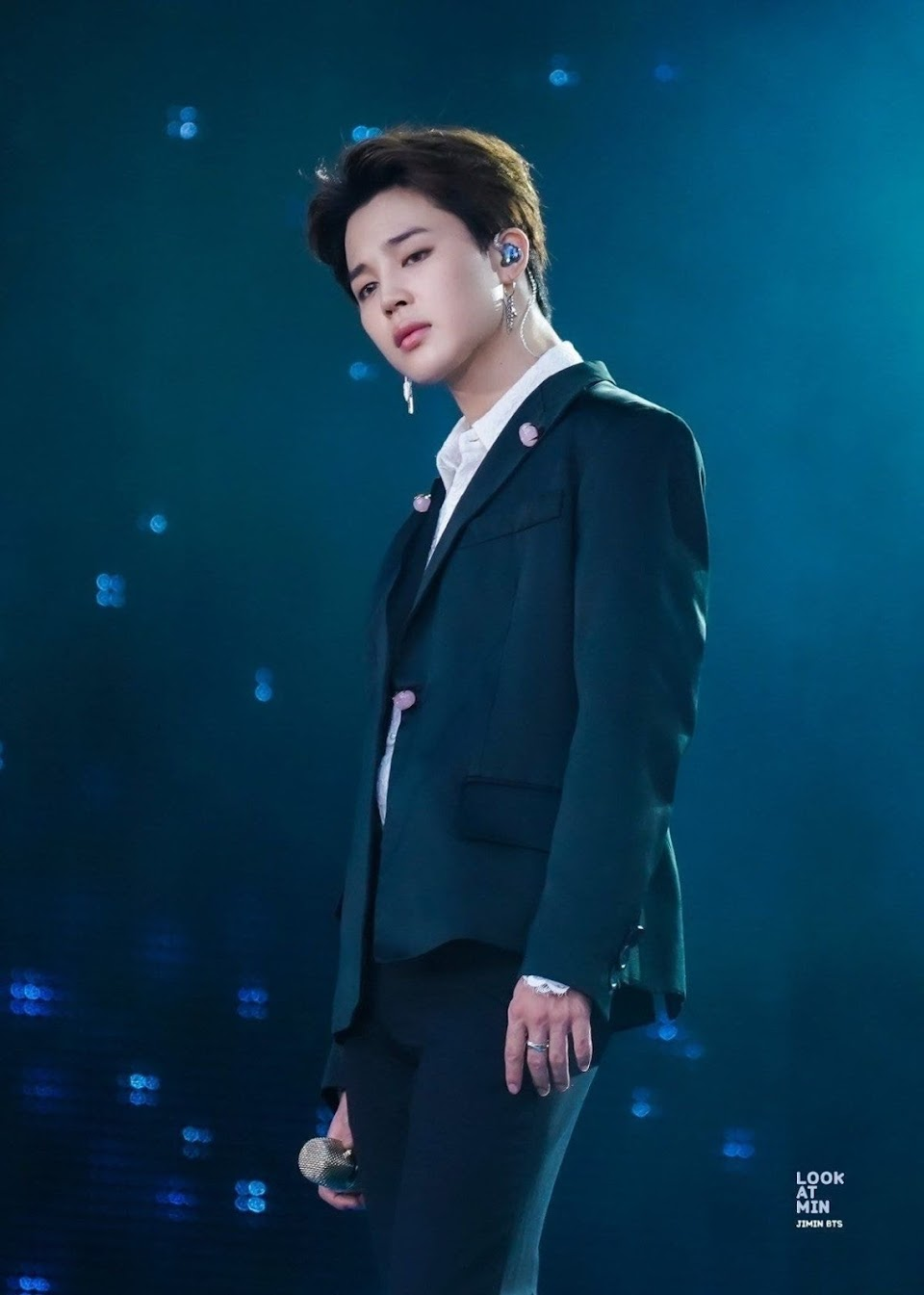 Bts S Jimin Is Making Fans Hearts Explode With Recent Concert Pictures Koreaboo