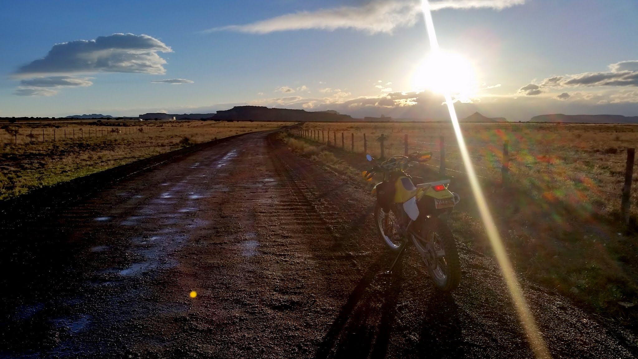 Photo: Riding the gravel road on Sagebrush Bench