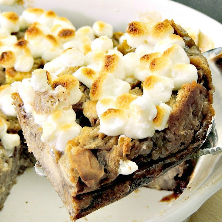 Peppermint Hot Chocolate Bread Pudding