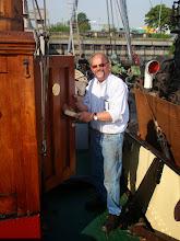 Photo: Fred heeft een nieuwe wc deur gemaakt.