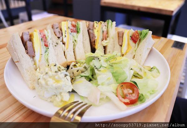 D.M Cafe青海店