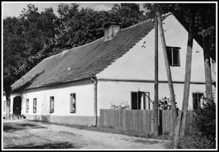 Photo: Budynek z majątku hr. Tarnowskiego. Lata 40/50?