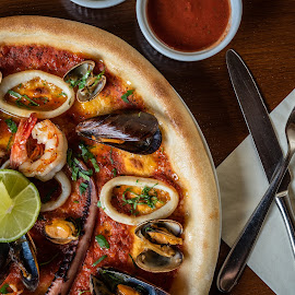 Pizza by Ewald Gruescu - Food & Drink Plated Food ( gruescu, seafood, ewald, shrimp, restaurant, adobe, plate, romania, sauce, food, foodporn, rings, calamari, timisoara, lightroom, photography, photoshoot )