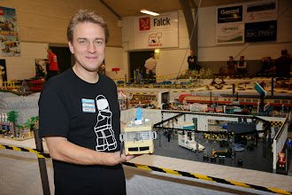 Photo: Stephan Sander and his Miniland Scale cars