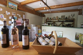 Photo: Domaine le Galantin. AOC Bandol. Le Plan du Castellet. Var